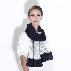 Scarf plissenpli midi 059, two tones in silk twill, pleated and dyed by sophie guyot soieries in Lyon, France