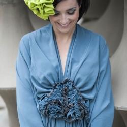 Robe à plis et bibi en crêpe de soie, Sophie Guyot Soieries