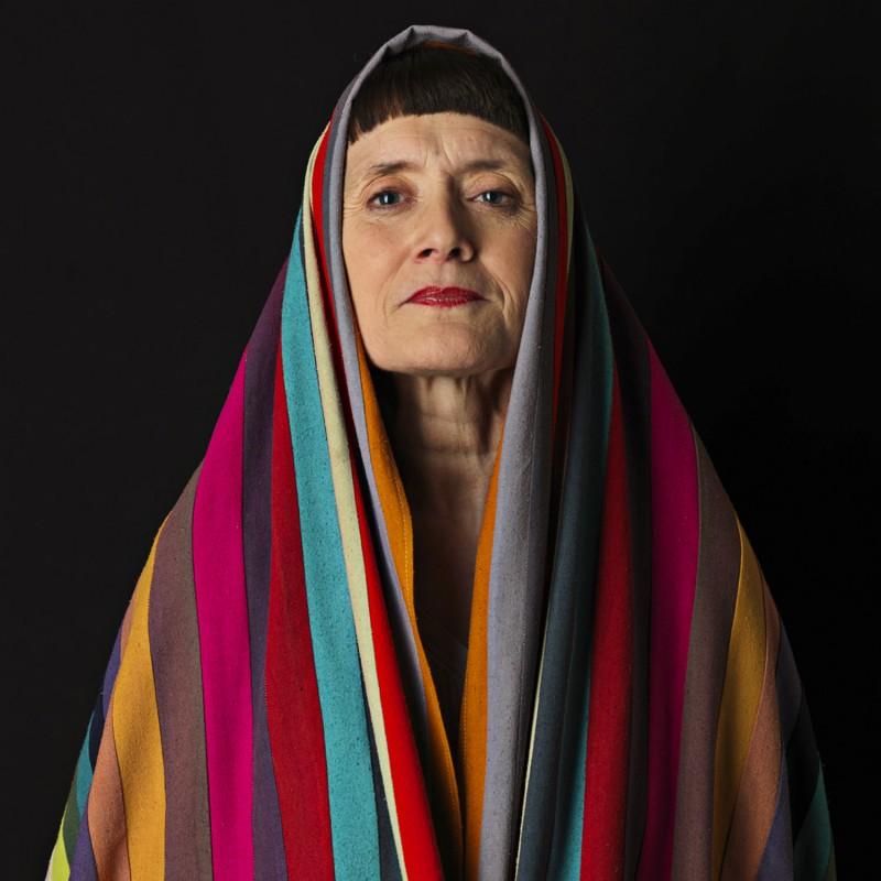 54 couleurs, portraits, écharpe en bourrette de soie, teinte et confectionnée à Lyon, France par sophie guyot soieries