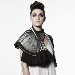 Shibori in textile, Ararat Gallery, Melbourne, Australie , écharpe plissée Sophie Guyot Soieries