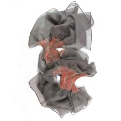 Étole juliette 028 multicolore en organza de soie plissé, teint et fabriqué à Lyon en France par Sophie Guyot