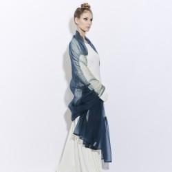 Étole juliette bicolore en organza de soie plissé, teint et fabriqué à Lyon en France par Sophie Guyot Soieries