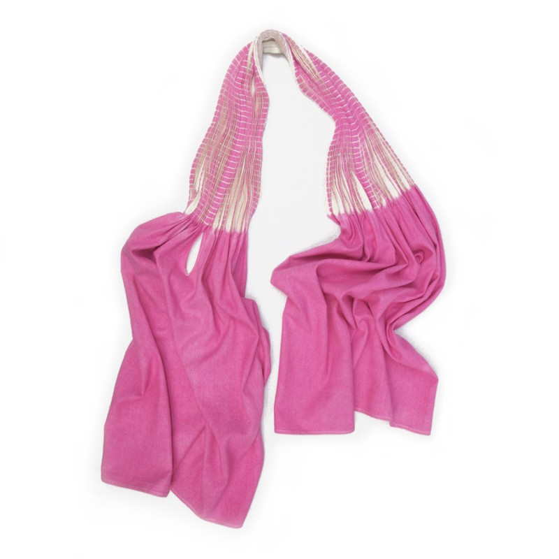 Baobab scarf two-tone 052, pleated and dyed silk noil, made by sophie guyot silks in Lyon, France.