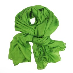 Stole 250 plain green in fine canvas silk, design by sophie guyot silks, made in Lyon France
