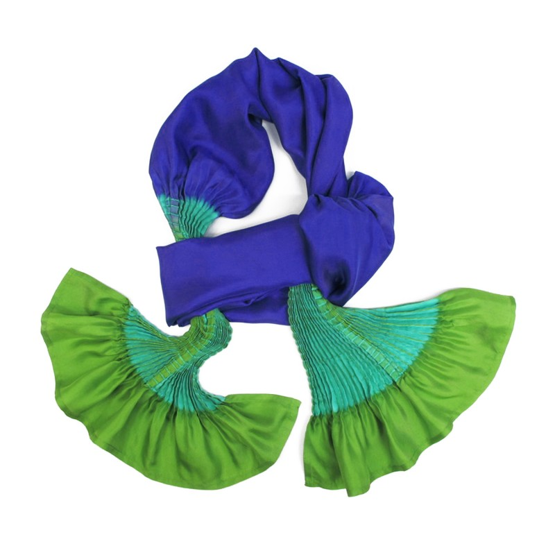 Scarf plissenpli midi 074 multicolored in silk twill pleated and dyed by sophie guyot soieries, Lyon, France