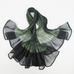 Short scarf paplillon two-tone 071 in pleated silk organza, dyed and made by sophie guyot silks in Lyon France