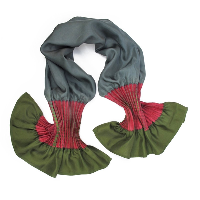 Short scarf minipli multicolor in silk twill, pleated and dyed by sophie guyot soieries in Lyon, France